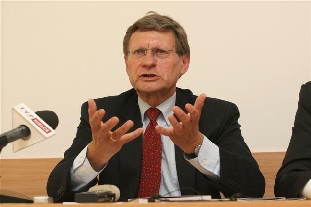 prof. Leszek Balcerowicz przewiduje, że wyjście światowej gospodarki z recesji, to kwestia kwartałów. fot D. Łukasik
