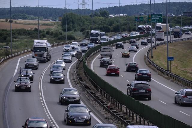 Zakorkowana droga ekspresowa S6 na Obwodnicy Trójmiasta. Zdjęcie ilustracyjne.