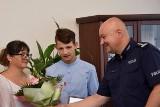 Dwóch nastolatków uratowało dobytek starszych mieszkańców Zagorzyc. Chłopcy obudzili właścicieli domu i sami zaczęli gasić ogień