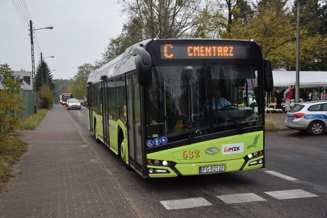Na cmentarz w Gorzowie autobusy będą jeździć bez objazdów.