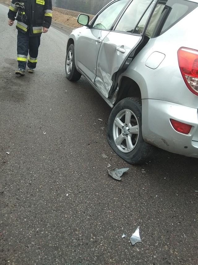 Do kolizji  przed godz. 9  doszło na nowym odcinku drogi Białystok - Łapy w pobliżu miejscowości Stoczek. Zderzyły się dwa pojazdy.