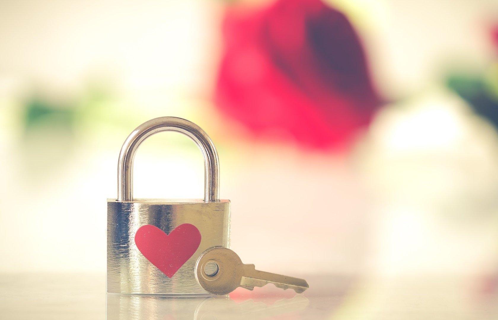 Wierszyki Sms Na Walentynki Wyślij Walentynkę Dla Niej I Dla Niego