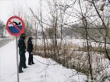 Kontrola akwenów wodnych. Policjanci z KP w Kcyni sprawdzali czy nie ma zagrożenia dla życia i zdrowia