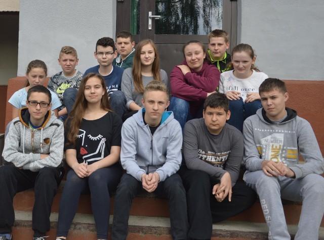 Pierwszoklasiści z Gimnazjum w Klimontowie