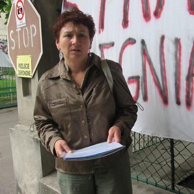 - To połowiczny sukces, ale pozwala nam to do zrezygnowania z najostrzejszych form protestu - mówi Danuta Bazylewicz, liderka strajkujących pielęgniarek.