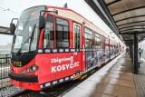 Zbigniew i Maciej Kosycarzowie zostali patronami gdańskiego tramwaju. Na tory wyjechał też pojazd ozdobiony ich zdjęciami