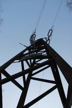 21-letni mężczyzna został śmiertelnie porażony prądem.