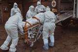 Ewakuacja pacjentów ze skwierzyńskiego szpitala. Chorzy na COVID-19 trafili do lecznic w Drezdenku i Torzymia