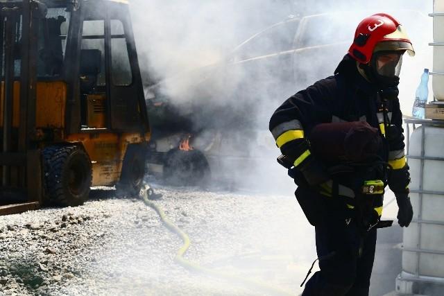 Mieszkańcy Jagodna usłyszeli wybuch i zobaczyli kłęby dymu