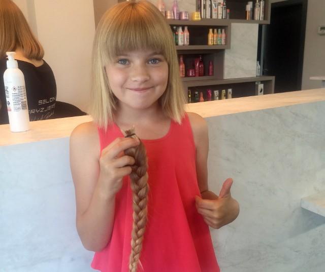 9-letnia Nina obcięła włosy, żeby pomóc chorym dzieciom. Każdy może zrobić to, co dziewczynka z Kluczborka!