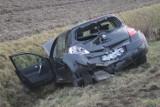 Wypadek trzech samochodów pod Smoszewem. Osobówki zderzyły się na drodze krajowej nr 36 w kierunku Biadek [ZDJĘCIA]