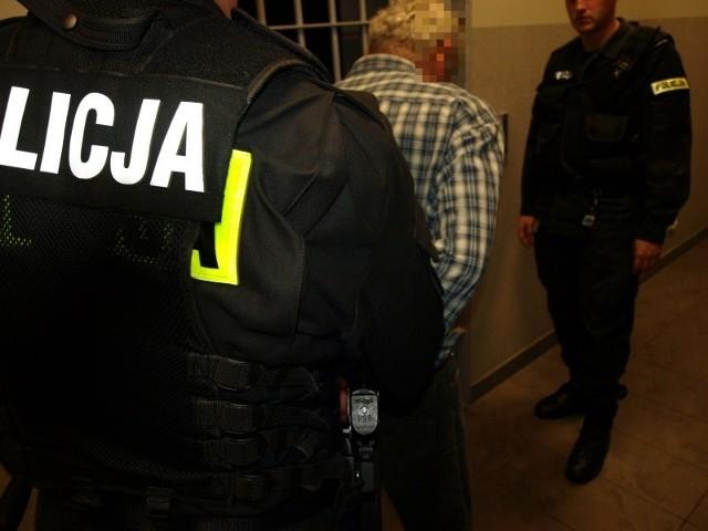 Oskarżony został zatrzymany na dwa miesiące w areszcie