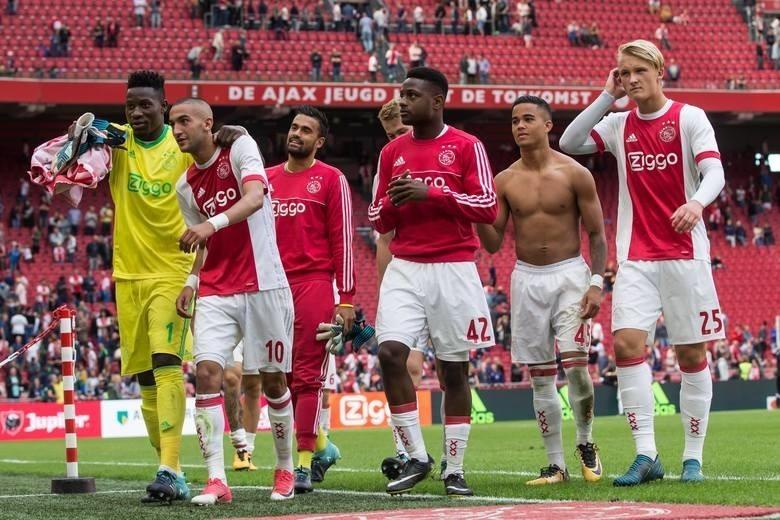 Emocje po wczorajszych meczach Ligi Mistrzów jeszcze nie opadły, a już dzisiaj na kibiców czeka kolejna dawka wrażeń związana z najlepszymi piłkarskimi zmaganiami na świecie. Dzisiaj wieczorem w meczu ćwierćfinałowym zmierzą się ze sobą Ajax Amsterdam i Juventus Turyn. Czy holenderska młodzież zdoła pokonać faworyzowanych Włochów? Czy Cristiano Ronaldo po raz kolejny udowodni, że jest gwarantem zwycięstw? Gdzie i kiedy oglądać transmisję ze spotkania?LIGA MISTRZÓW 2019: Ajax Amsterdam - Juventus Turyn. TRANSMISJA TV I ONLINE, STREAM, RELACJA LIVE. Gdzie obejrzeć mecz?