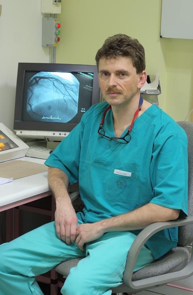 Dr. hab. n. med. Maciej  Lesiak, Przewodniczy Sekcji Interwencji Sercowo-Naczyniowych Polskiego Towarzystwa Kardiologicznego.