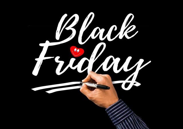 Black Friday 2020 w modivo.pl. Jakie promocje dla mężczyzn przygotował dla nas sklep modivo.pl? Black Friday online – najlepsze oferty