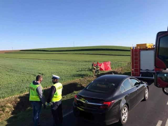 W niedzielę 19 kwietnia po godz. 16.00 na trasie Krobia - Gostyń doszło do śmiertelnego wypadku.