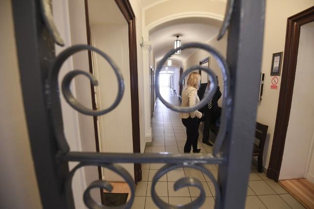 Proces toczył się w Sądzie Okręgowym w Toruniu z wyłączoną jawnością.