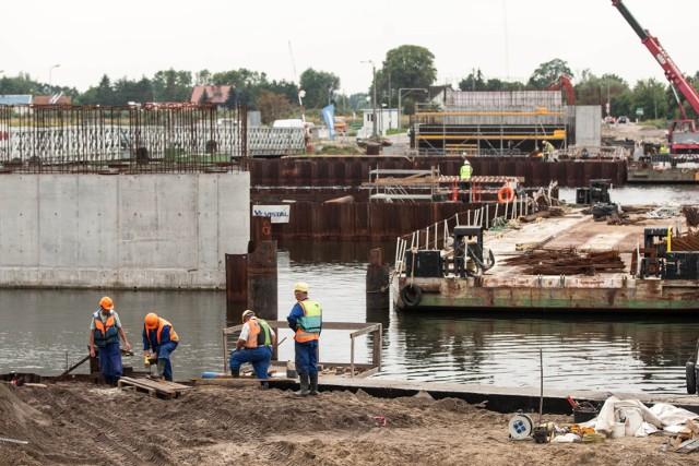 Budowa mostu w Sobieszewie - sierpień 2017