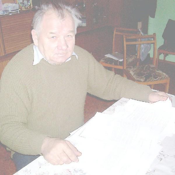 Stanisław Bąk: - Zebrało się w tej sprawie sporo pism. Od lutego do maja czekałem na odpowiedź z gminy.
