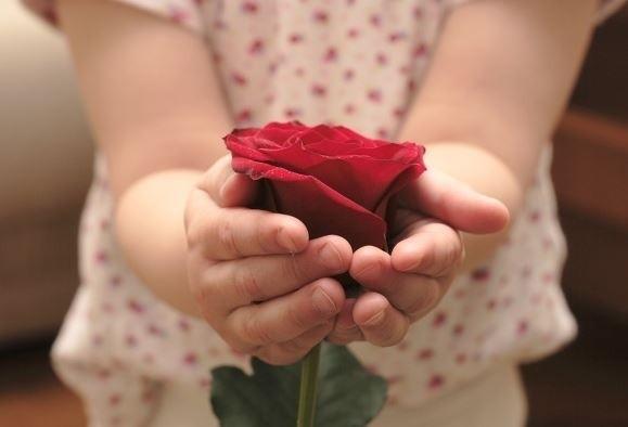 Proste życzenia na Dzień Mamy. Dzień Matki: życzenia, wierszyki
