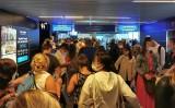 Ściśnięty tłum na lotnisku. Prezes Portu Lotniczego obwinia przepisy wprowadzone przez rząd