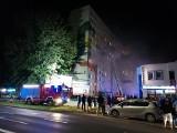 Tragiczny pożar bloku przy ulicy Starzyńskiego w Koszalinie. Trwa śledztwo