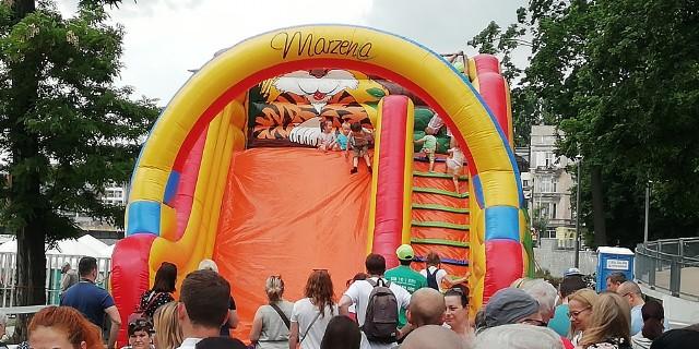 Wrocławianie świętują Dzień Dziecka hucznie i przede wszystkim tłumnie na Wyspie Słodowej.