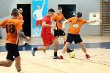 Trzynasty sezon halówki w Skarżysku okazał się pechowy. Halowa Amatorska Liga Piłki Nożnej została przedwcześnie zakończona
