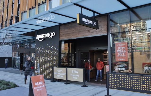 Cyber Monday w tym roku potrwa cały tydzień. Amazon zapowiada wielkie promocje!
