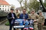 Zawodnicy Panthers Wrocław z wizytą u amerykańskich żołnierzy