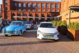 Samochody elektryczne na rynku Manufaktury. Te modele można było podziwiać w Łodzi, zainteresowanie było ogromne ZDJĘCIA