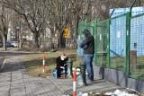 Zdroje uliczne w Łodzi znów są czynne. Trzeba zachować reżim