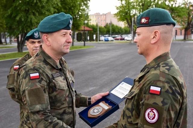 Wizyta gen. dyw. Jarosława Gromadzińskiego, dowódcy 18 Dywizji Zmechanizowanej, w 5 Batalionie Strzelców Podhalańskich w Przemyślu.