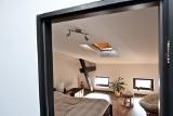 Mieszkanie na poddaszu – plusy i minusy mieszkania ze skosami