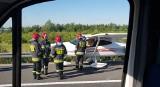 Awaryjne lądowanie awionetki w Trzebownisku na autostradzie. Jeden pas ruchu zablokowany