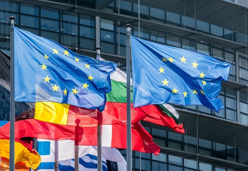 Komisja Europejska wzywa rządy do współpracy na rzecz rozwoju sieci 5G