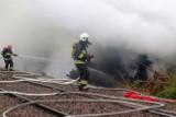 Wielki pożar na Olechowie. Dym widać z kilku kilometrów! WIDEO