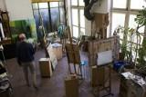 Miasto rozdało mieszkania rzeźbiarzom i malarzom. Będą tu pracownie