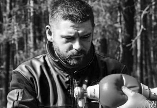 Trwa zbiórka pieniędzy dla rodziny ratownika medycznego, który zginął w wypadku w Zawierciu