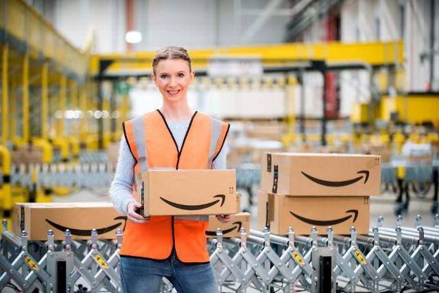 Pracownicy Amazon otrzymają konkurencyjne wynagrodzenie od 20 zł/godz. brutto, kompleksowe świadczenia dodatkowe i bogate możliwości rozwoju kariery.