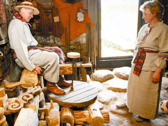 Wśród warsztatów, które planują Antoni i Małgorzata Roman, jest i garncarstwo. Koło garncarskie już czeka.