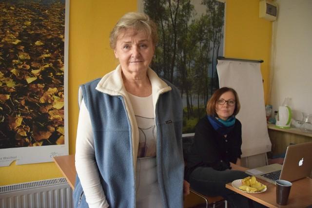 Grażyna Staniszewska w siedzibie Towarzystwa Przyjaciół Bielska-Białej i Podbeskidzia przy ul. Krasińskiego 5a, gdzie można przynosić dary