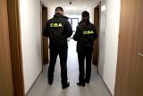 Oferowali załatwienie spraw za łapówki. Funkcjonariusze CBA zatrzymali sześć osób w woj. mazowieckim, śląskim i łódzkim