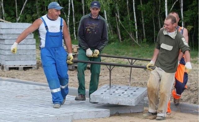 Budowa drogi tymczasowejDziałki budowlane w regionie słupskim: gdzie i za ile