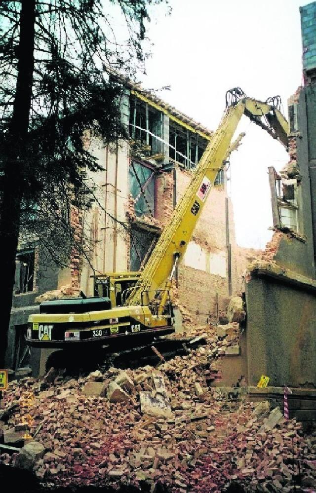 Dawny gmach szpitala przeszedł przed laty kompleksowy remont. Zapłaciło za niego miasto - prawie 12 mln złotych
