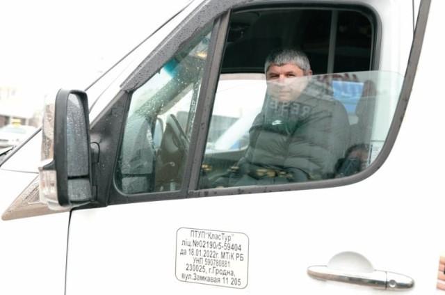 Jako kierowca przyjeżdżam do Białegostoku kilka razy w tygodniu i nigdy nie słyszałem, by któregoś z moich rodaków spotkało tu coś złego – mówi Aleksandr z Grodna. – Cieszymy się, że możemy tu przyjeżdżać.
