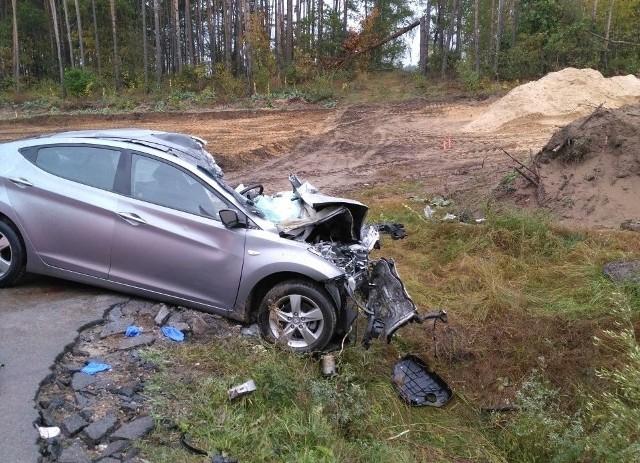 Tragiczny wypadek na DK8. Nie żyją 3 osoby. Hyundai zderzył się z białoruskim autokarem