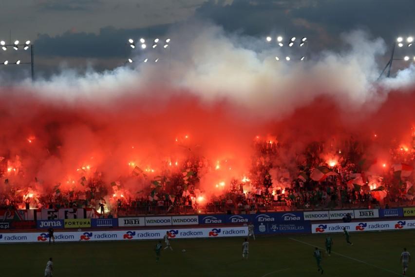 Tłumy kibiców stawiły się w sobotę na meczu Radomiaka z...