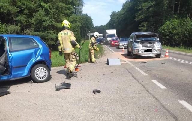 Chraboły. Wypadek na DK65. Zderzyły się trzy auta