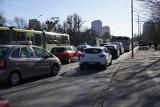 MPK Poznań: Ciężarówka utknęła na torach. Przez dwadzieścia minut tramwaje kursowały objazdami